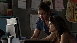 Tyler Brennan, Paige Smith in Neighbours Episode 7385