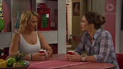 Steph Scully, Amy Williams in Neighbours Episode 7385