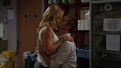 Steph Scully, Mark Brennan in Neighbours Episode 7385