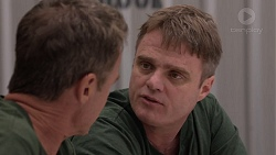 Paul Robinson, Gary Canning in Neighbours Episode 7388