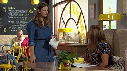 Amy Williams, Terese Willis in Neighbours Episode 7389