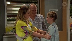 Sonya Rebecchi, Walter Mitchell, Zoe Mitchell in Neighbours Episode 7390