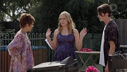Susan Kennedy, Xanthe Canning, Ben Kirk in Neighbours Episode 7390