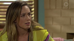 Sonya Rebecchi in Neighbours Episode 7390