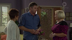 Susan Kennedy, Gary Canning, Sheila Canning in Neighbours Episode 7392