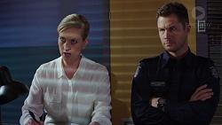 Ellen Crabb, Mark Brennan in Neighbours Episode 7392