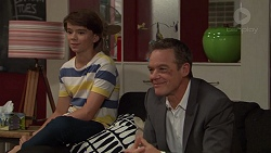 Jimmy Williams, Paul Robinson in Neighbours Episode 7395