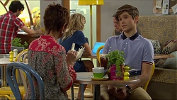 Susan Kennedy, Steph Scully, Angus Beaumont-Hannay in Neighbours Episode 7396