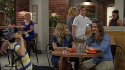 Jimmy Williams, Madison Robinson, Steph Scully, Charlie Hoyland, Amy Williams in Neighbours Episode 7397