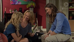 Madison Robinson, Steph Scully, Amy Williams in Neighbours Episode 7397