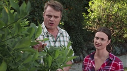 Gary Canning, Amy Williams in Neighbours Episode 7399