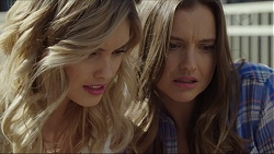 Madison Robinson, Amy Williams in Neighbours Episode 7401