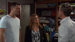 Mark Brennan, Terese Willis, Paul Robinson in Neighbours Episode 7401