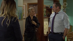 Sonya Mitchell, Steph Scully, Toadie Rebecchi in Neighbours Episode 7402