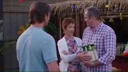Brad Willis, Susan Kennedy, Karl Kennedy in Neighbours Episode 7403