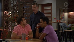 Aaron Brennan, Paul Robinson, Tom Quill in Neighbours Episode 7404