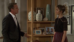 Paul Robinson, Madison Robinson in Neighbours Episode 7404