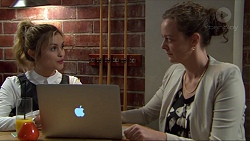 Madison Robinson, Penny Telford in Neighbours Episode 7405