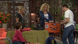 Steph Scully, Jimmy Williams, Belinda Bell, Charlie Hoyland in Neighbours Episode 7406