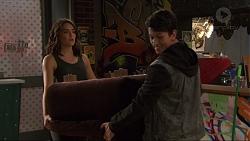 Paige Novak, Dustin Oliver in Neighbours Episode 7407