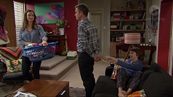 Amy Williams, Paul Robinson, Jimmy Williams in Neighbours Episode 7410