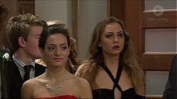 Alison Gore, Piper Willis in Neighbours Episode 7411