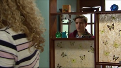 Belinda Bell, Charlie Hoyland in Neighbours Episode 7412
