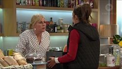 Lauren Turner, Paige Novak in Neighbours Episode 7413