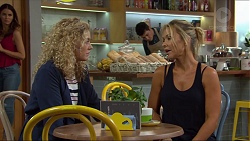 Belinda Bell, Steph Scully in Neighbours Episode 7413