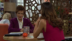 Susan Kennedy, Elly Conway in Neighbours Episode 7413