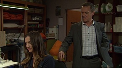 Amy Williams, Paul Robinson in Neighbours Episode 7416