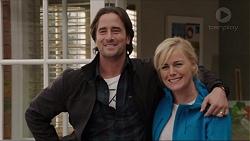 Brad Willis, Lauren Turner in Neighbours Episode 7417