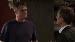 Gary Canning, Paul Robinson in Neighbours Episode 7417