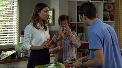 Elly Conway, Susan Kennedy, Ben Kirk in Neighbours Episode 7418