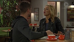 Mark Brennan, Steph Scully in Neighbours Episode 7418