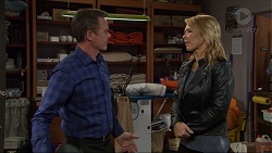 Paul Robinson, Steph Scully in Neighbours Episode 7418