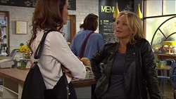 Elly Conway, Steph Scully in Neighbours Episode 7419