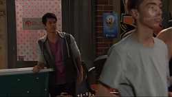 Dustin Oliver in Neighbours Episode 7420