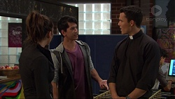 Paige Smith, Dustin Oliver, Jack Callahan in Neighbours Episode 7420