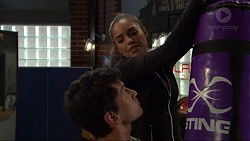 Dustin Oliver, Paige Smith in Neighbours Episode 7420