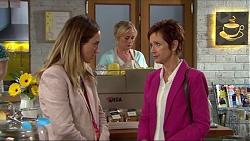 Sonya Rebecchi, Lauren Turner, Susan Kennedy in Neighbours Episode 7420