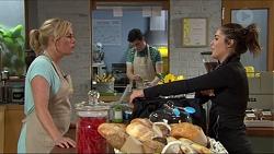 Lauren Turner, Paige Smith in Neighbours Episode 7420