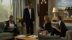 Paul Robinson, Terese Willis, Madison Robinson, Steph Scully in Neighbours Episode 7421