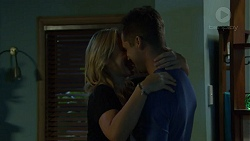Steph Scully, Mark Brennan in Neighbours Episode 7422