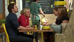 Brad Willis, Lauren Turner, Piper Willis, Terese Willis in Neighbours Episode 7422