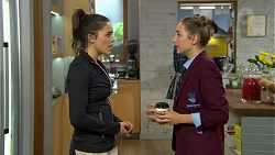 Paige Smith, Piper Willis in Neighbours Episode 7422