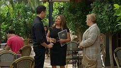 Emily Newman, Terese Willis, Jack Callahan in Neighbours Episode 7422