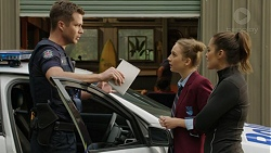Mark Brennan, Piper Willis, Paige Smith in Neighbours Episode 7422