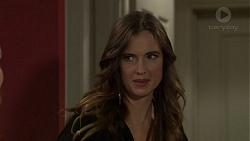 Amy Williams in Neighbours Episode 7424