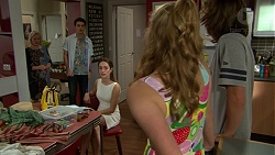Sheila Canning, Ben Kirk, Alison Gore, Xanthe Canning, Cooper Knights in Neighbours Episode 7424